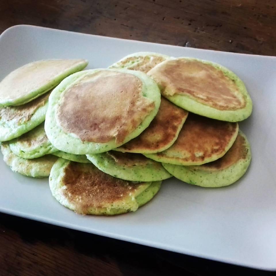come far mangiare la verdura ai bambini pancake di zucchini
