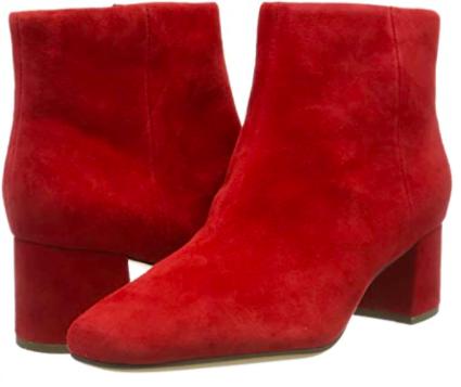 Shopping abbastanza sobrio per l'Autunno Inverno 2020 stivaletti clark's rossi